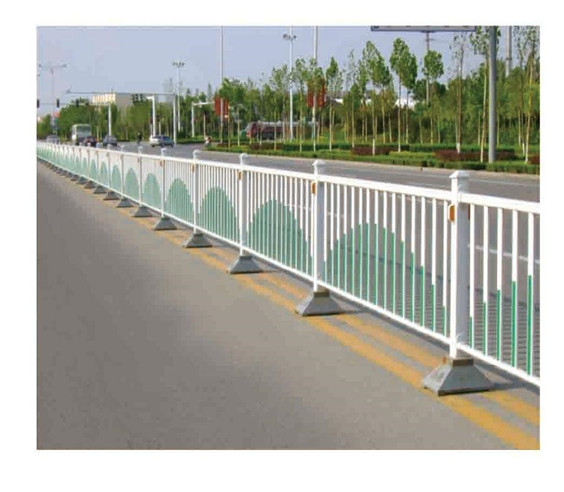 锌钢交通护栏-哈尔滨锌钢护栏