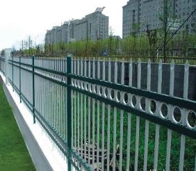 五大连池锌钢草坪护栏